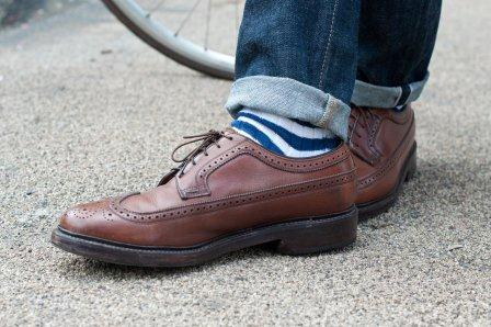 Striped-socks-white-blue-streetstyle