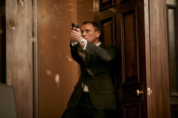 Bond Photo 2
