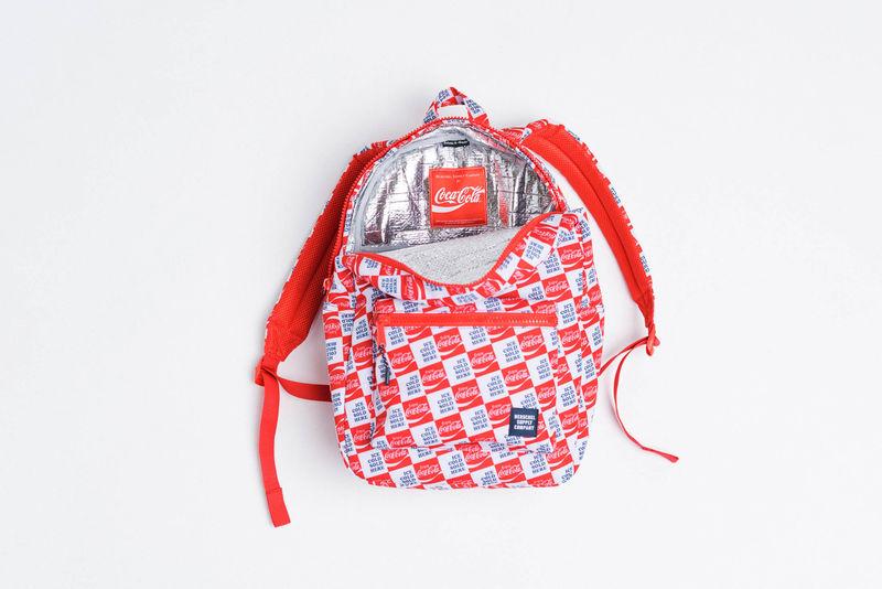F16-CocaCola-04-800x800