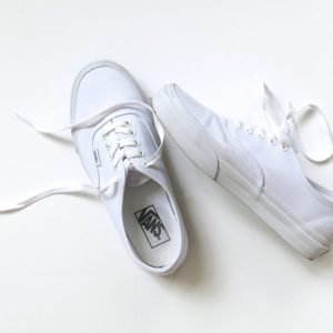 Vans-Authentic-true-white
