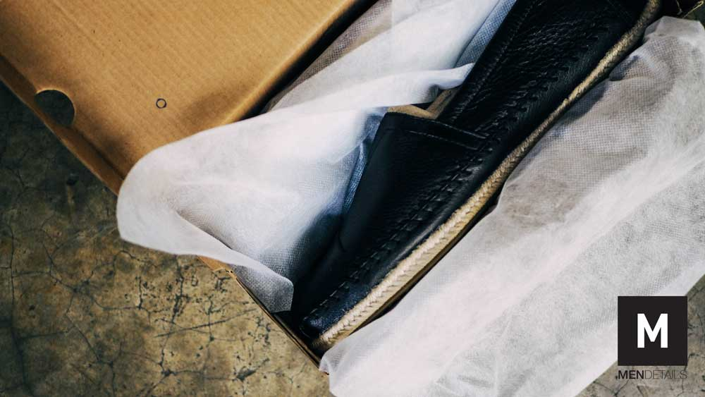 TOMS-classic-black-leather-2