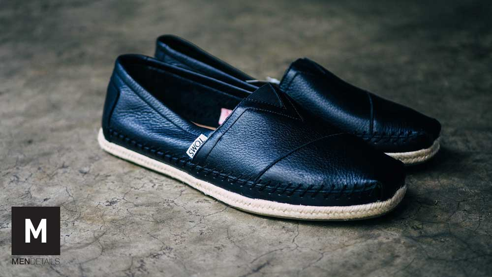 TOMS-classic-black-leather-3
