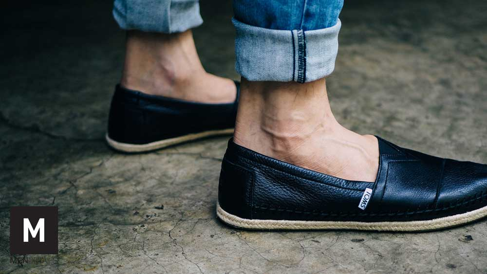 TOMS-classic-black-leather-4