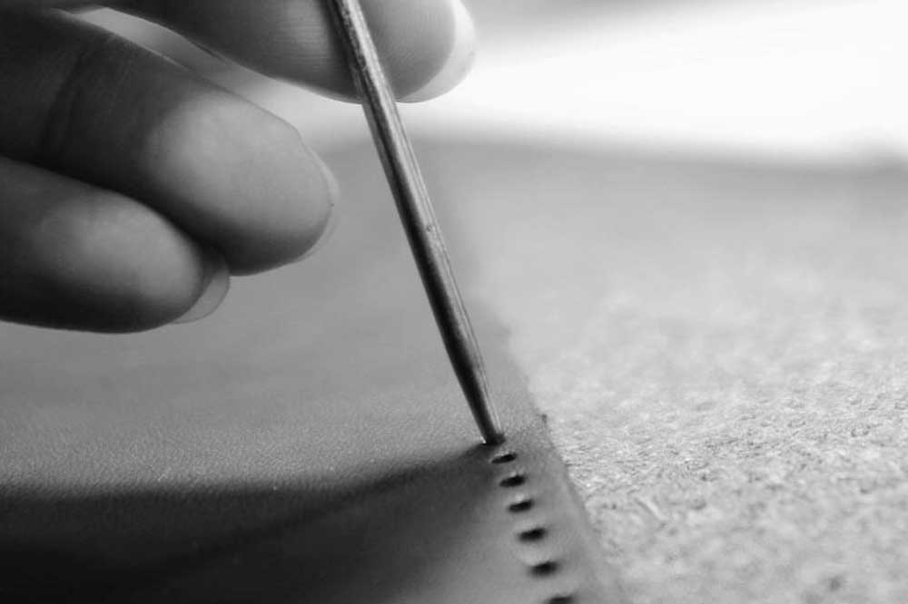 sew-and-needle-making
