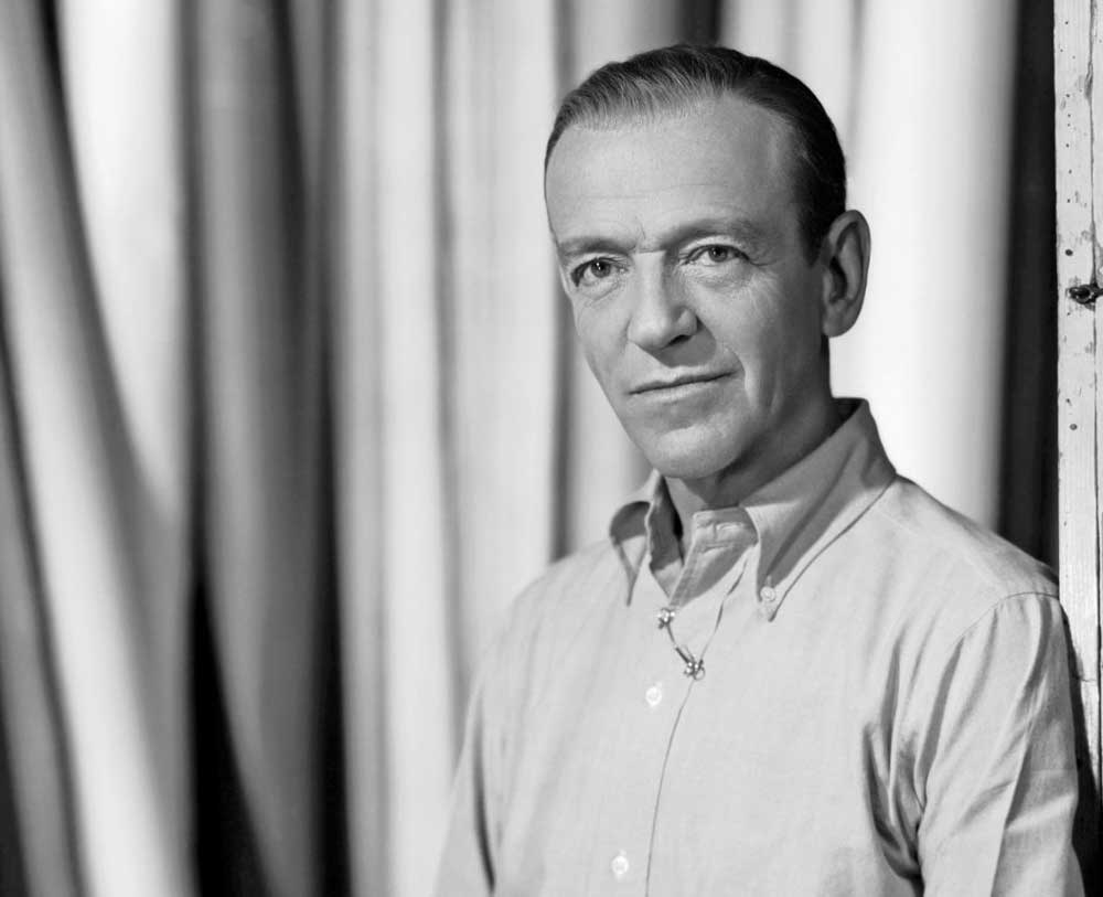 fred-astaire-wearing-an-ocbd-shirt