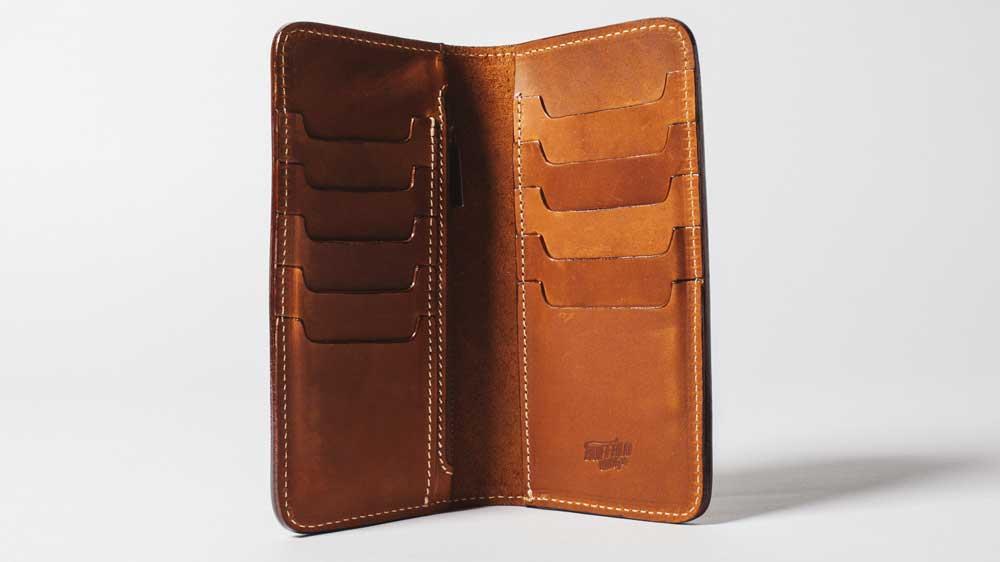 long-wallet-buffalowings-01
