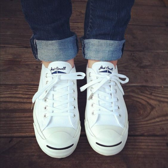 white-sneakers-1