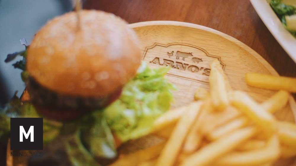 arnos-burgers-and-beers-06