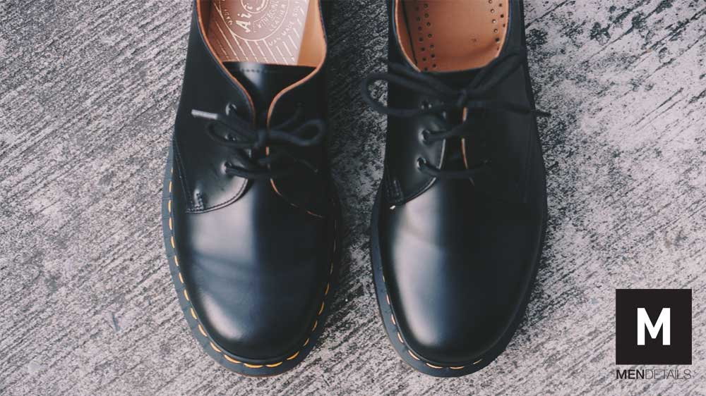 รองเท้า Dr. Martens 1461 MIE vs. MIT