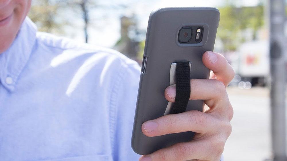 ท่าถือสมาร์ทโฟน