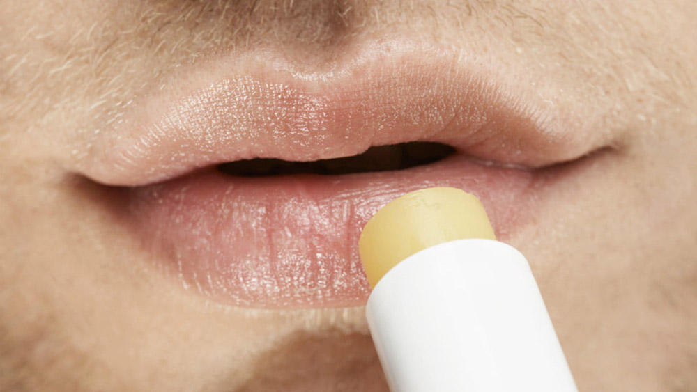 men-grooming-lip-care-ลิปมัน-ปากแตก