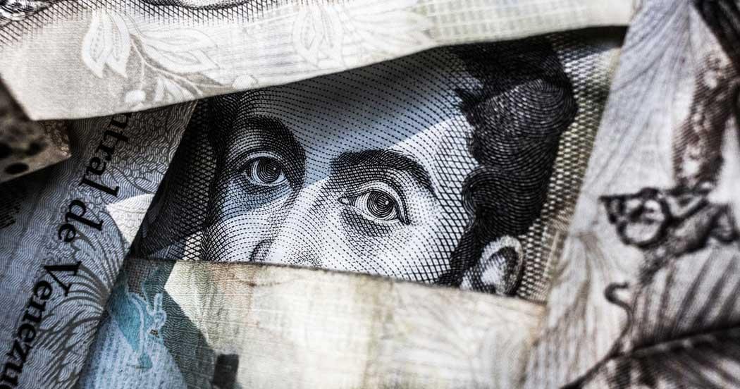 business-work-life-money-ซื้อประกันชีวิตดีไหม