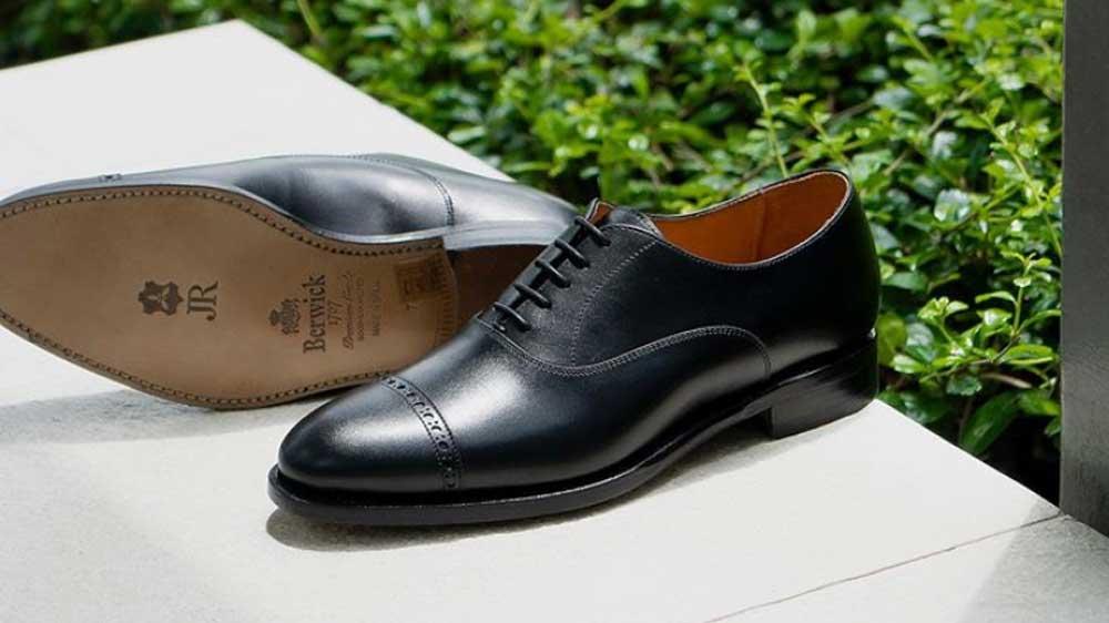 03-พื้นรองเท้าหนัง-Leather-Outsole-JR-Sole-Berwick-JUNE20