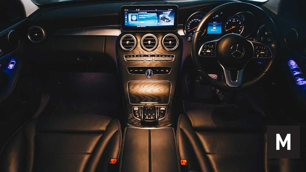 05-รถยนต์-Mercedes-Benz-C300e-ride-eq-power-JUNE20
